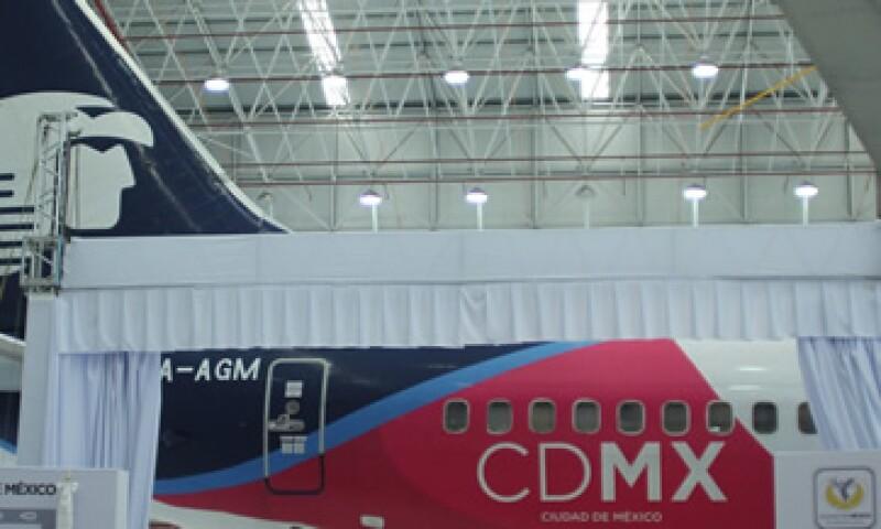 El primer destino de la aeronave será a Los Ángeles, Estados Unidos. (Foto: Cuartoscuro)