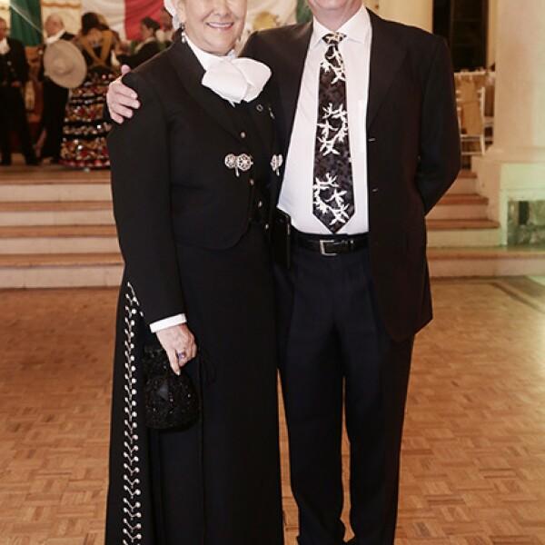 Amelie Olaiz y Arturo Mendoza