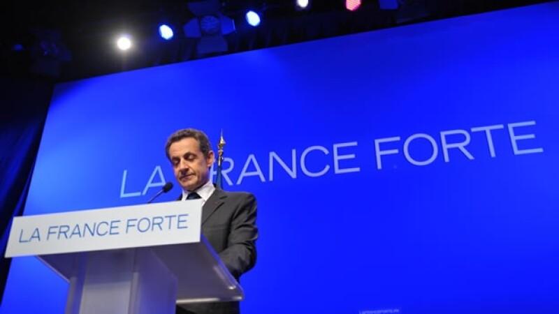 Sarkozy reconoce su derrota electoral