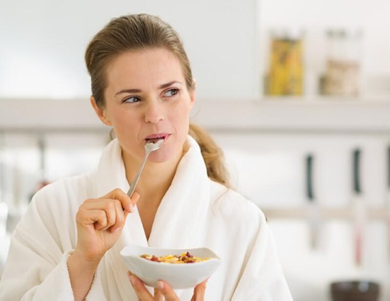 Sin un buen desayuno, tu cuerpo no quemará calorías hasta la hora de la comida.