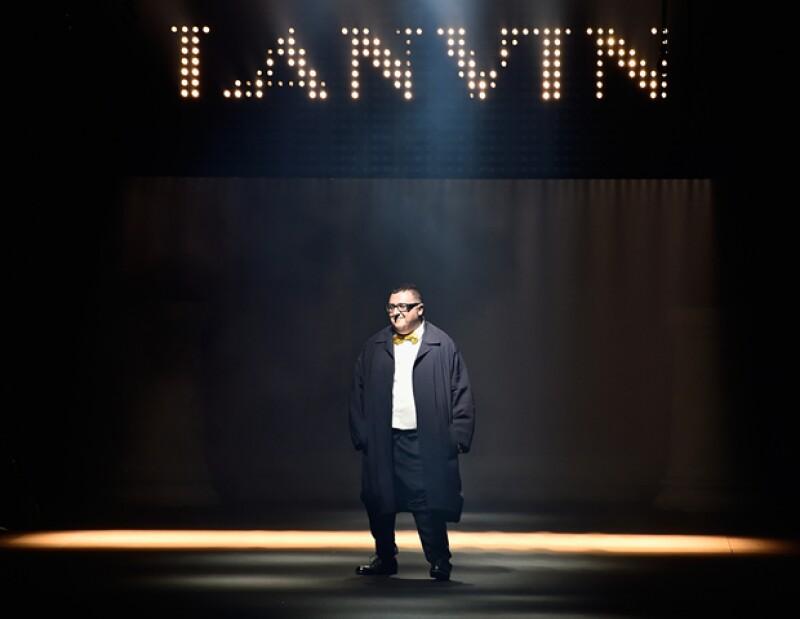 La casa de moda Lanvin anuncia la salida del diseñador marroquí después de 14 años como director creativo.