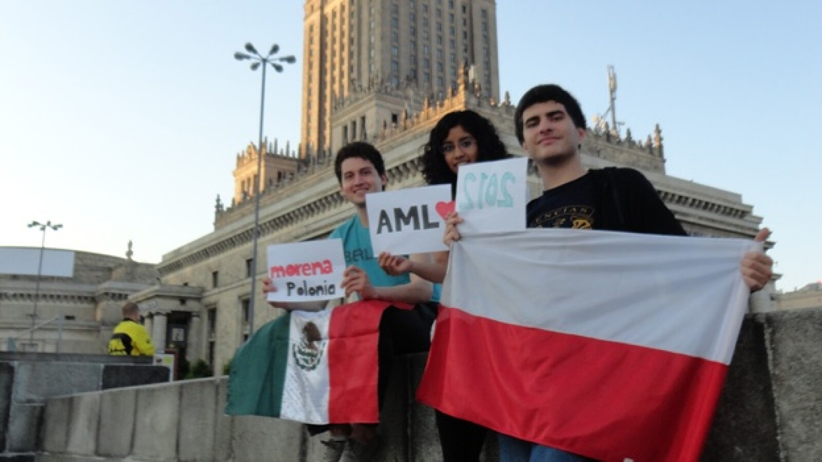 Marcha AMLO Polonia