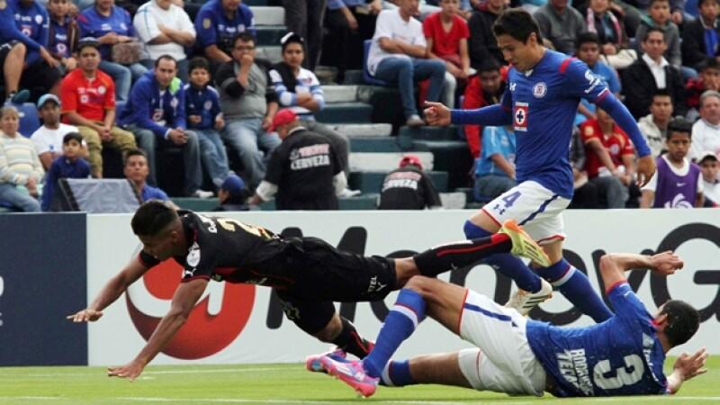 Cruz Azul sigue sin encontrar la contundencia a la ofensiva y logró un empate ante el Alajualense en la Concachampions