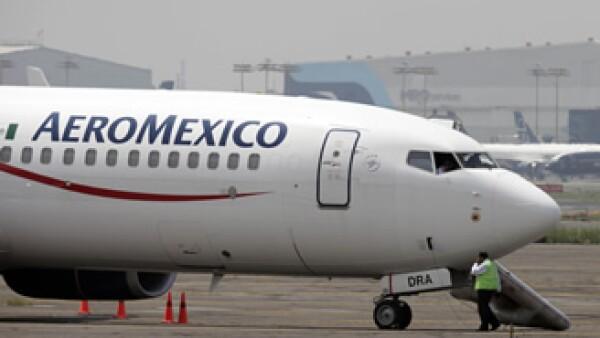 Aeroméxico espera que la oferta de acciones se concrete antes de Semana Santa. (Foto: AP)