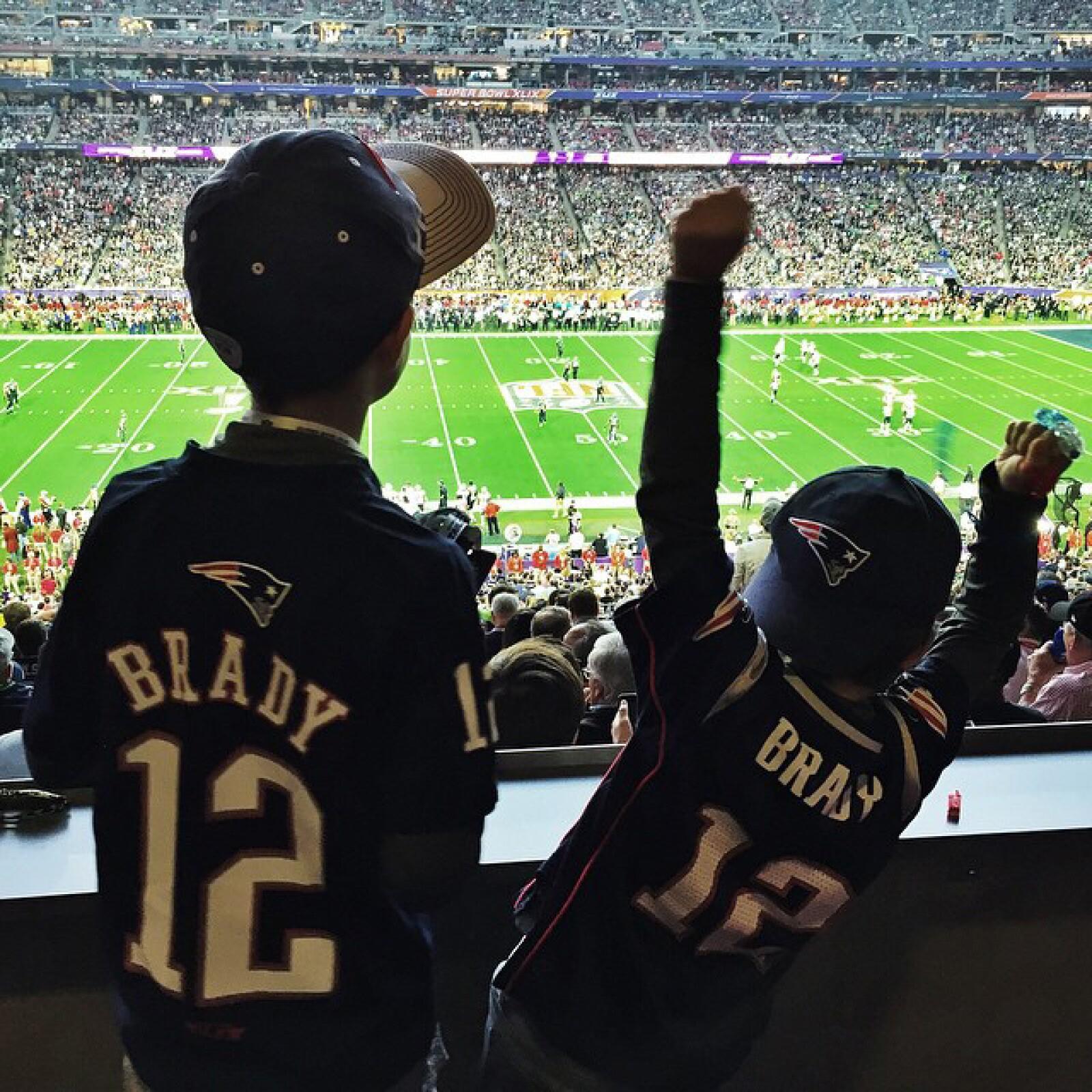 Tom Brady mantuvo a sus hijos atentos a todos sus movimientos.