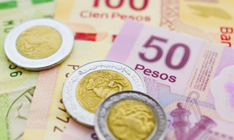 El tipo de cambio podría cotizar entre 12.83 y 12.99 pesos por dólar este jueves, según Banco Base. (Foto: Getty Images)