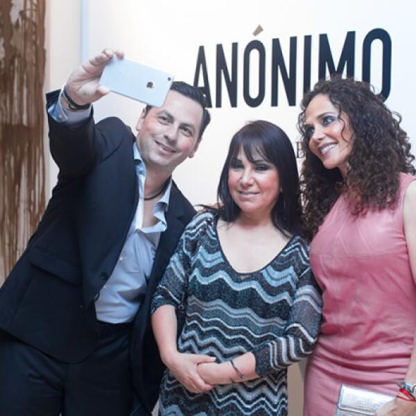 Juán Carlos Caro,Lourdes Caro y Leticia Casillas