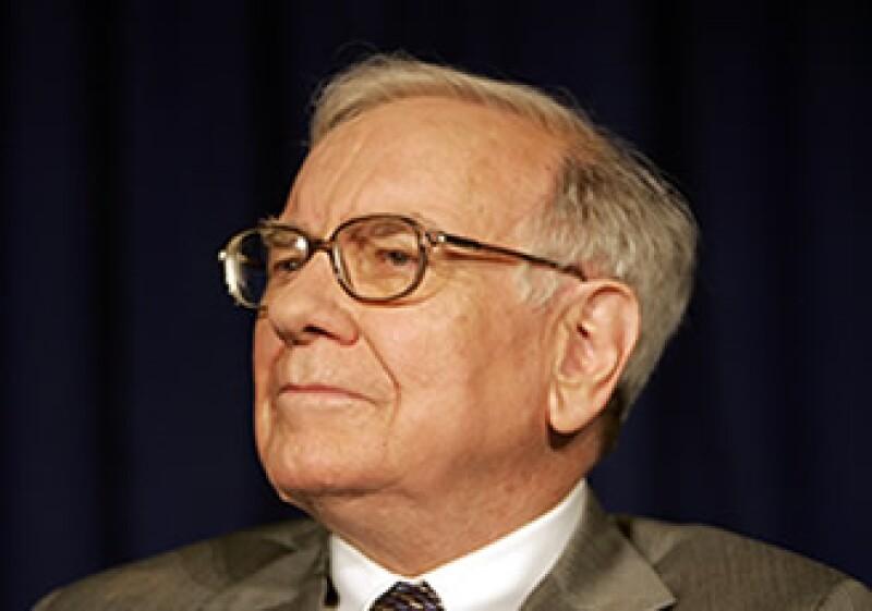 Buffett ayudó a sacar a flote el periódico en tiempos financieros difíciles. (Foto: AP)