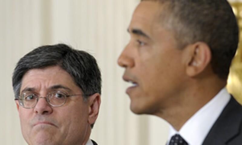 El presidente Obama se refirió a Jack Lew (i) como la elección clara para uno de los puestos más difíciles del Gobierno. (Foto: AP)