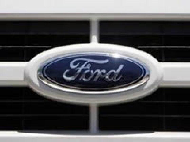 La automotriz de Detroit tiene una deuda de 32,000 mdd. (Foto: Reuters)