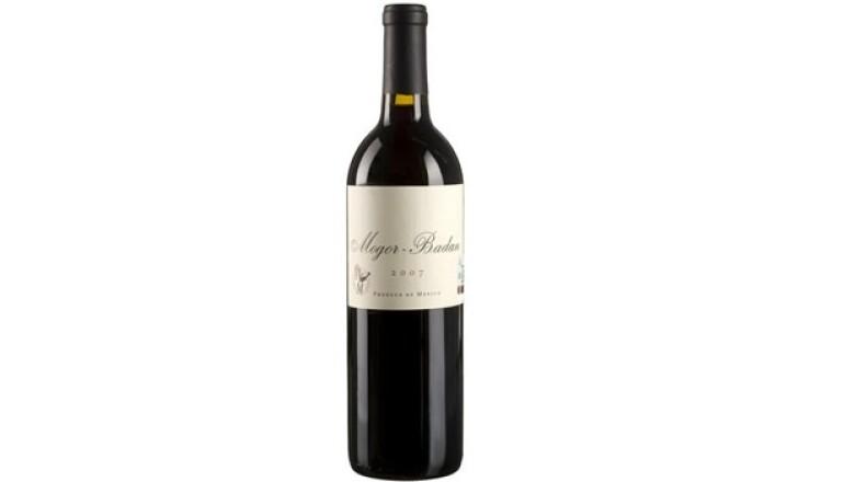 Mogor Badan 2006, un vino estilo europeo de mezcla bordalesa.