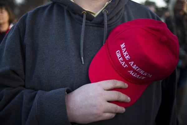 Gorra de b/éisbol Mallalah Make America con dise/ño de Donald Trump blanco Blanco