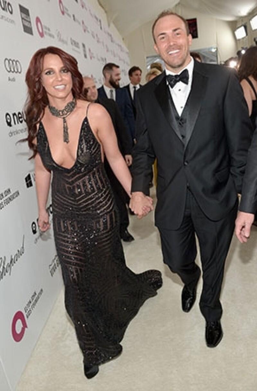 La cantante ha concluido su relación de más de un año con David Lucado tras descubrir un vídeo en el que aparece besándose con otra mujer.