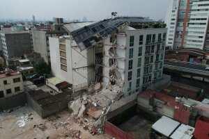 Edificios nuevos, con un año de antigüedad también resultaron afectados. Se investigan presuntos actos de corrupción de las constructoras y desarrolladores.