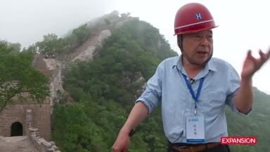 Piedra a piedra es reparada la Gran Muralla China