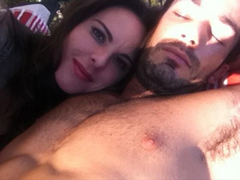 A pesar de los fuertes rumores sobre su separación, Kate y Aarón demostraban que seguían juntos y felices.