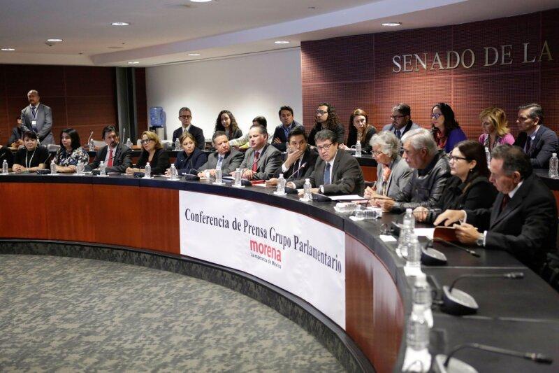 Senadores de Morena