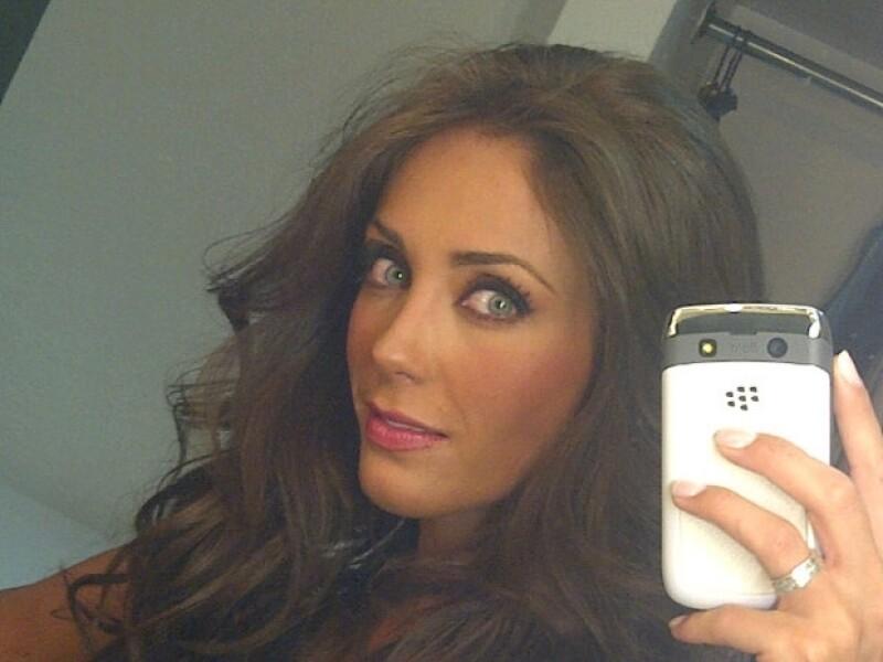 La actriz compartió su primer día en el set del nuevo melodrama que protagonizará para Televisa. )