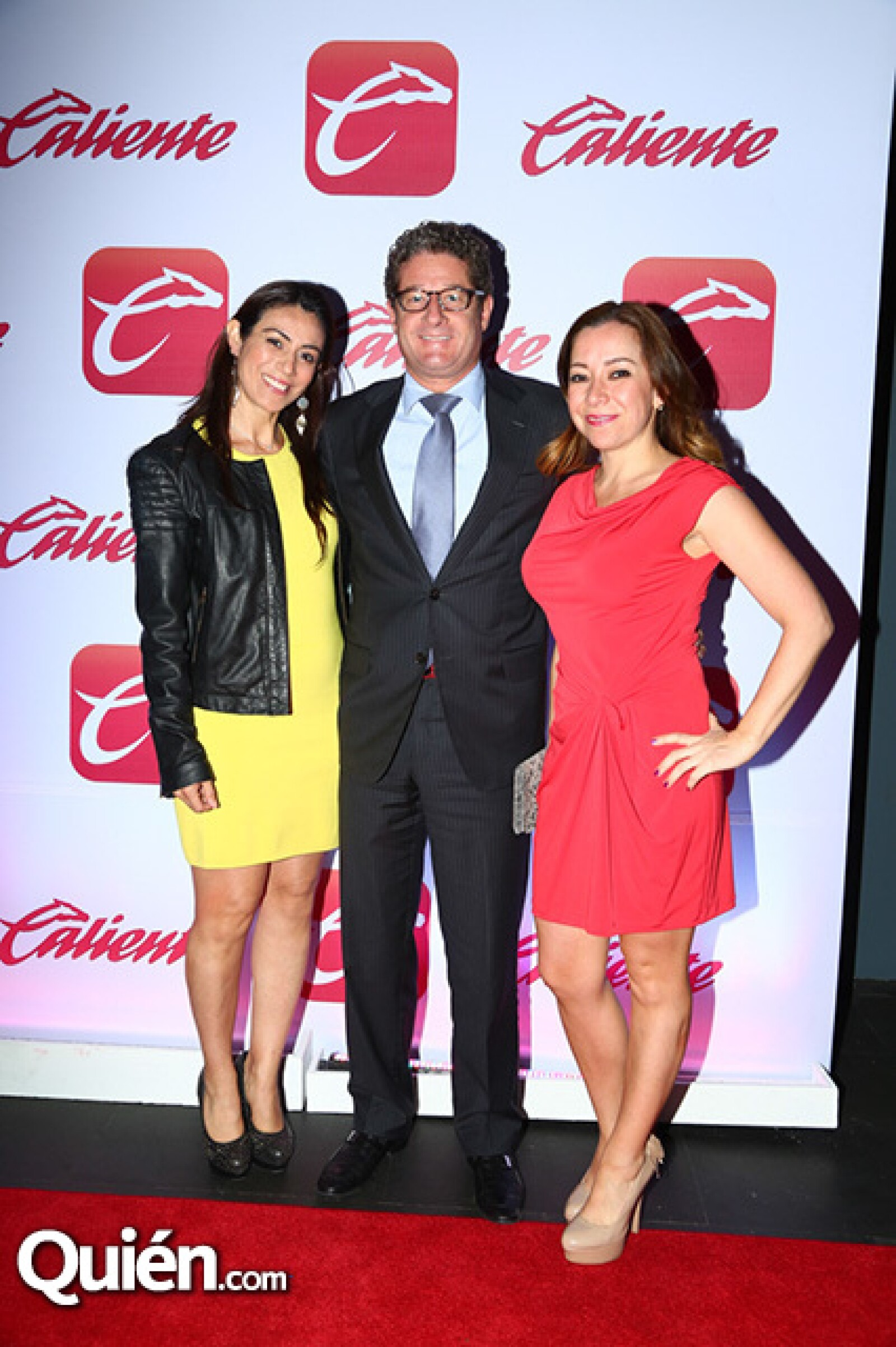 María Aguirre, Fermín Enecoiz y Vanessa González