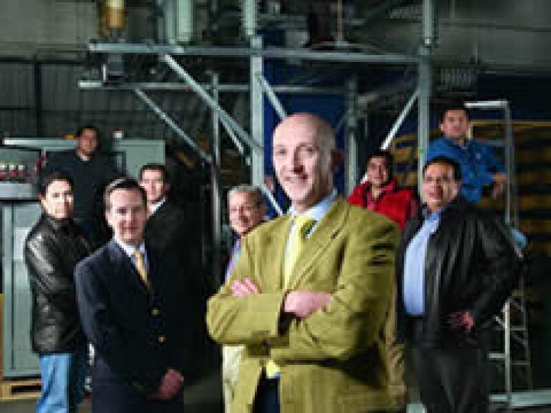 Santiago Barcón y su equipo en Inelap-Arteche hacen ganar a sus clientes, a través de la eficiencia energética. (Foto: Carlos Aranda / Mondaphoto)
