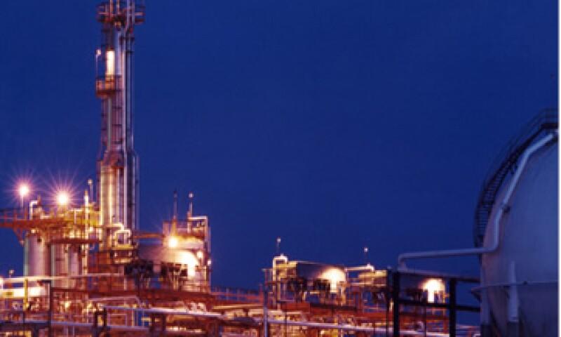 La planta tendrá capacidad para procesar 166,000 barriles diarios. (Foto tomada de pemex.com)
