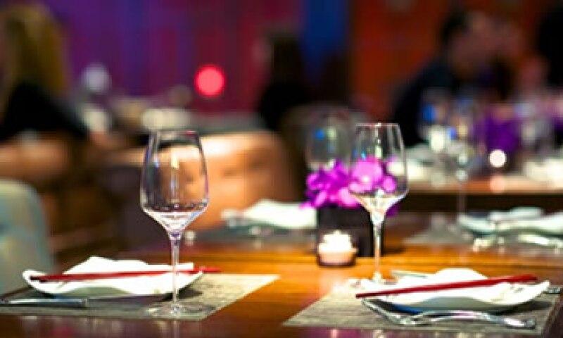 La industria restaurantera estima cerrar el año con un alza en ventas de 5%. (Foto: Getty Images)