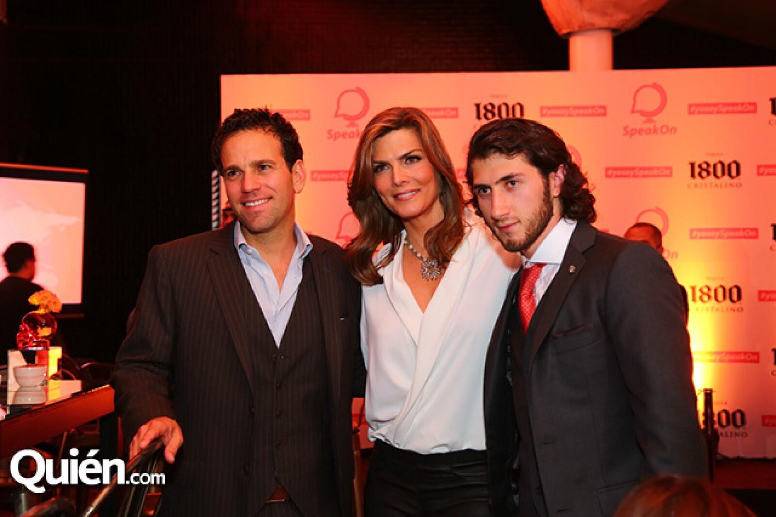 Carlos Loret de Mola,Montserrat Oliver y Carlos Gotlib