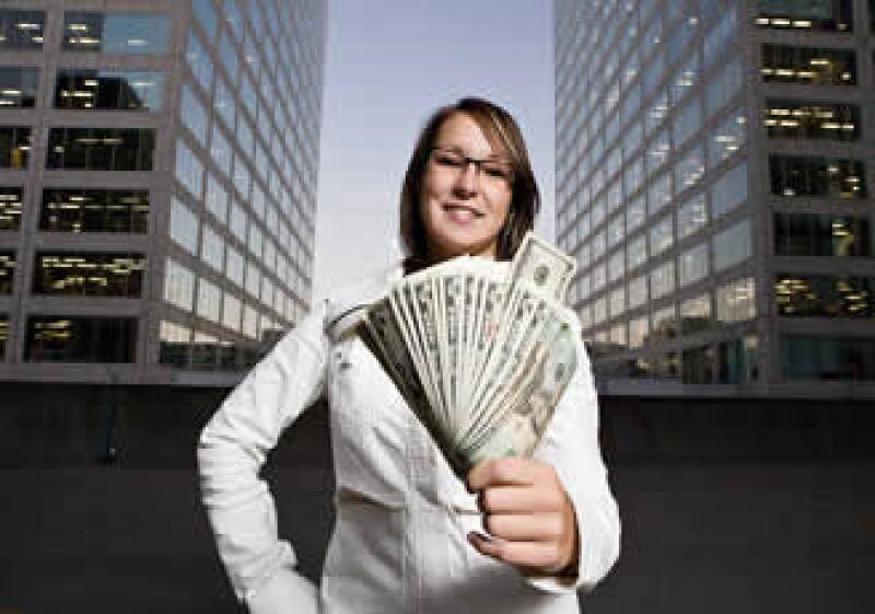 Descubre cuál es la relación que tienes con el dinero. (Foto: Jupiter Images)