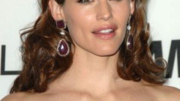 Un abogado de la actriz consiguió tres años de protección para ella, su esposo Ben Affleck y su hija Violet.