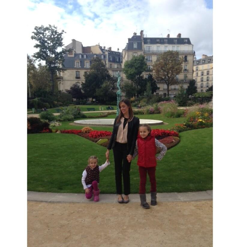 Oli estuvo varias semanas con sus hijas Gia y Luciana.