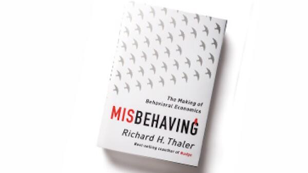 El libro ofrece ejemplos de cómo la racionalidad no es factor de compra. (Foto: Ana Blumenkron )