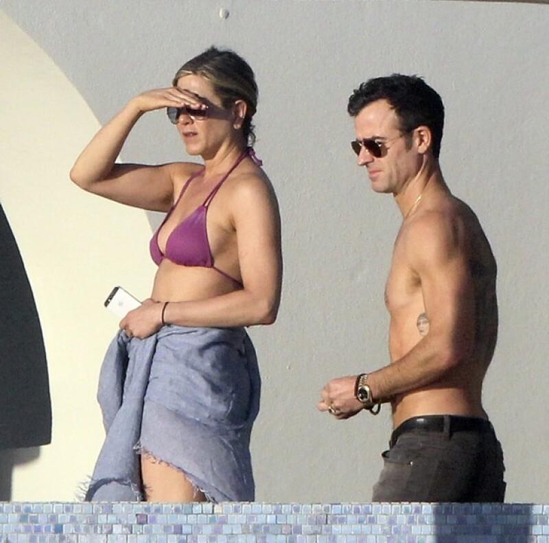 A pesar de permanecer separados los últimos meses por sus trabajos, la actriz y Justin Theroux han conseguido retomar su romance gracias al viaje que realizaron a Cabo San Lucas este enero.