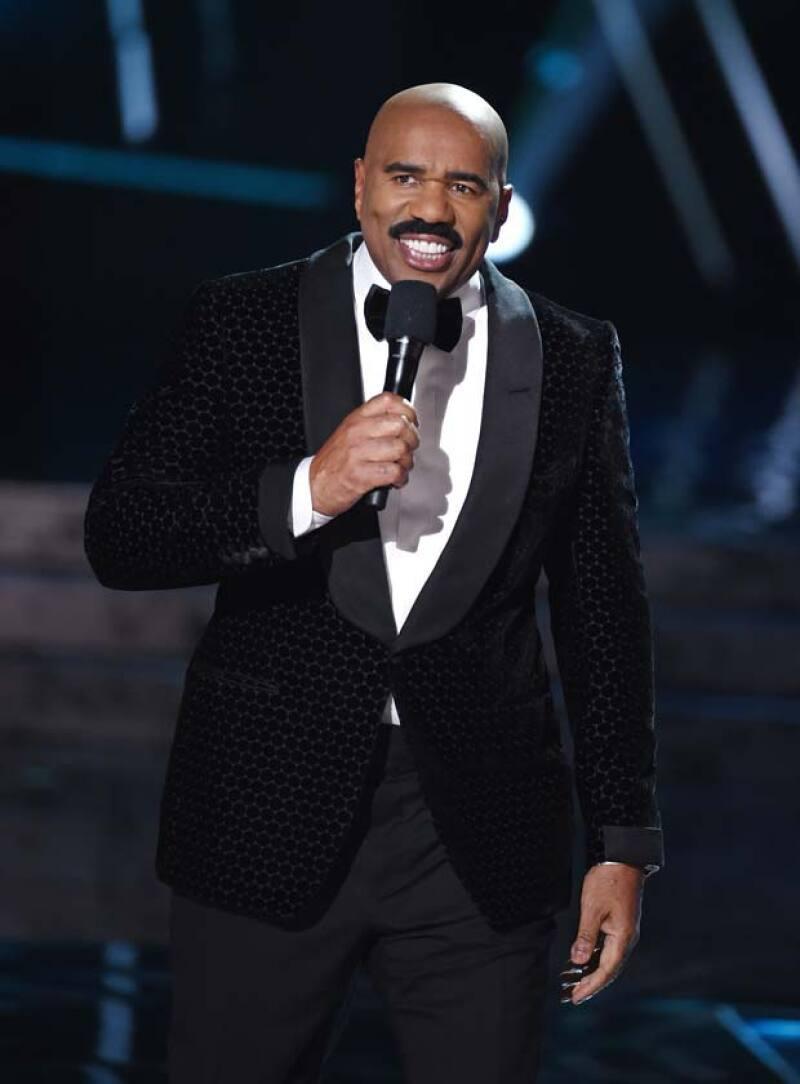 Incluso con su error, los organizadores esperan que Steve regrese como presentador para este 2016.