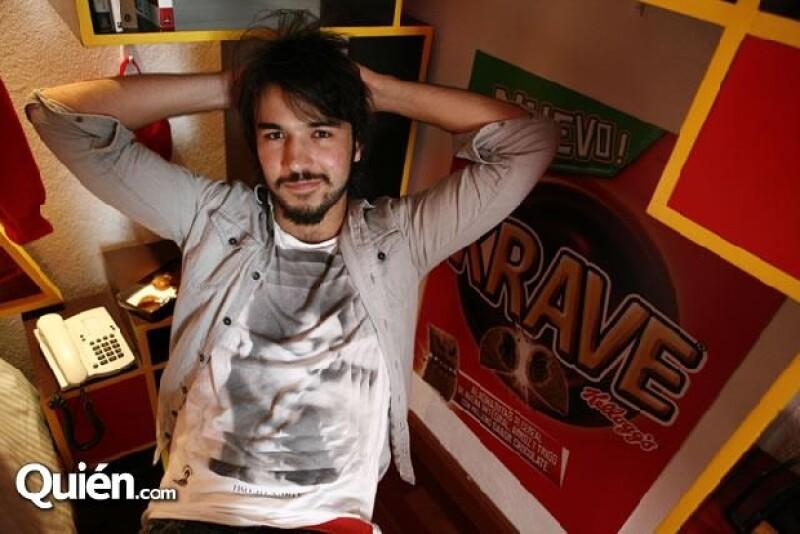 Además de estar en MTV, Diego continúa con sus estudios de Derecho en la UNAM
