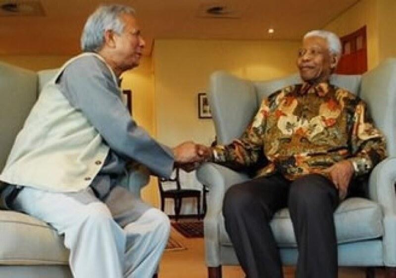 """El llamado """"banquero de los pobres"""" explicó este fin de semana su concepto de negocios sociales en un homenaje al ex presidente sudafricano Nelson Mandela en Johanesgurgo. (Foto: AP)"""