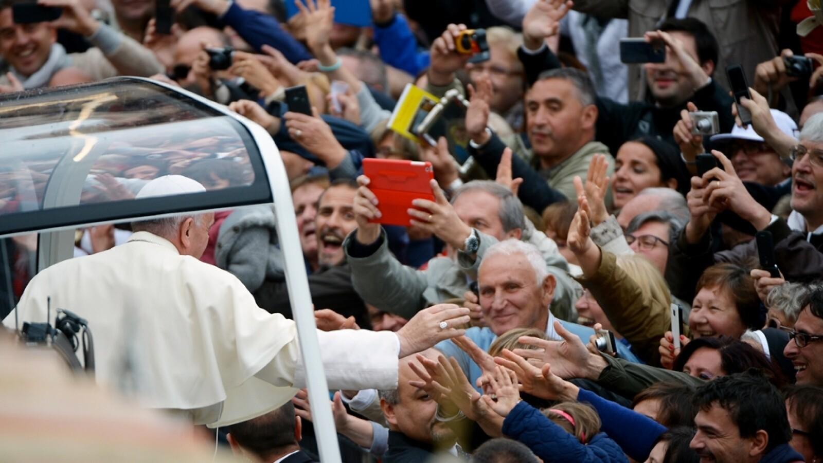 papa Francisco visita Asis