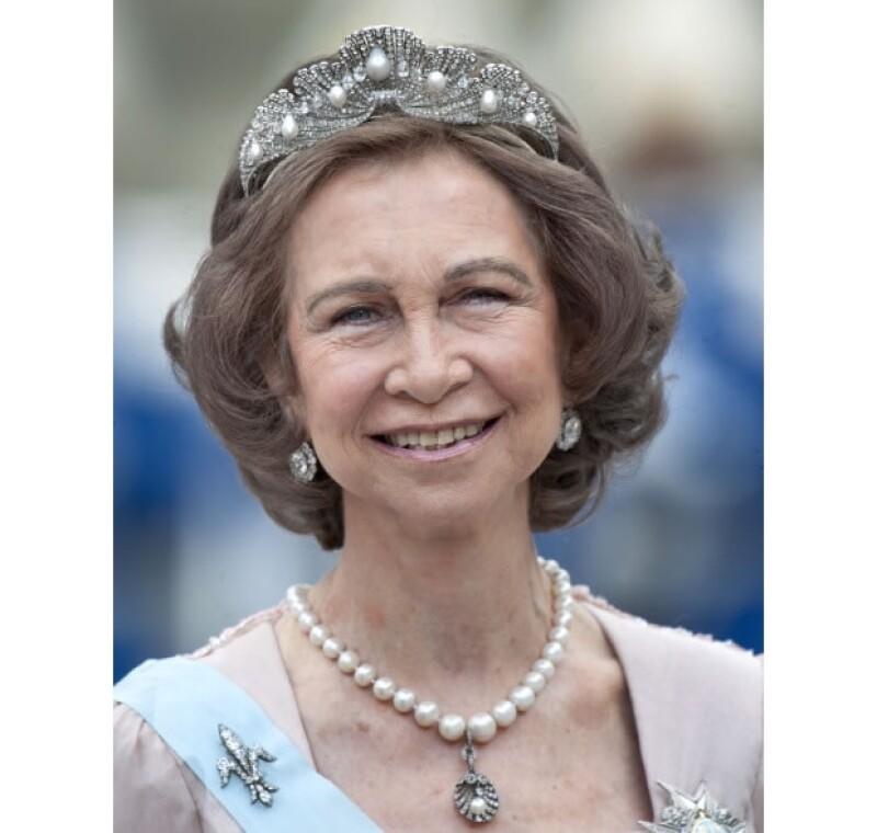 Doña Sofía luce la tiara Mellerio.