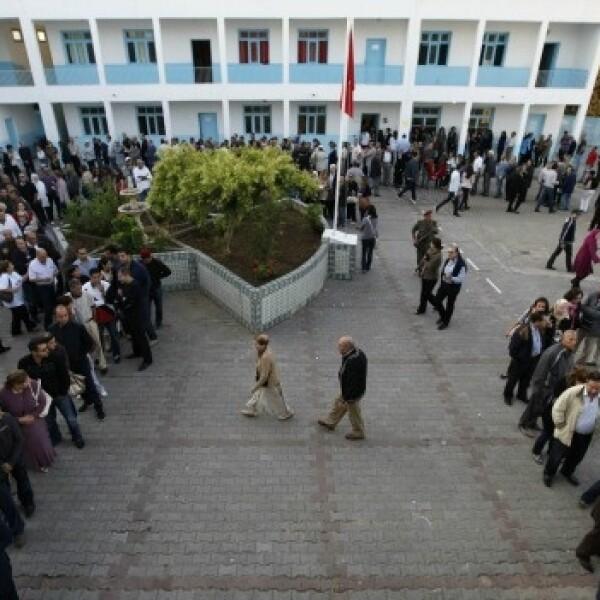 fila para votar en tunez