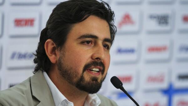 Chivas Unveils New Signing Oswaldo Alanis