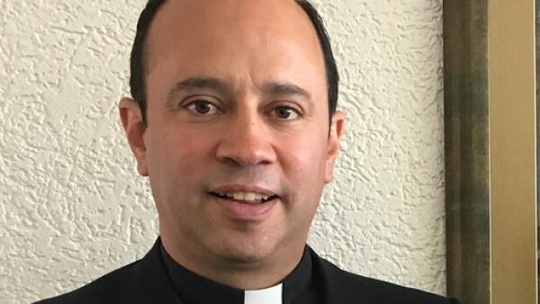 Sacerdote y director del Instituto Cumbres México