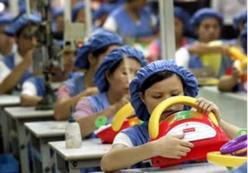 El salario mínimo el China se elevó luego que había sido congelado en el 2008. (Foto: AP)