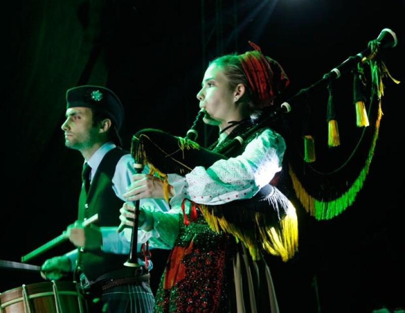 La legendaria fiesta de la cosecha celta es el motivo ideal para deleitarnos con música y baile de zonas de Escocia, Irlanda y Galicia que conservan esta legendaria tradición.