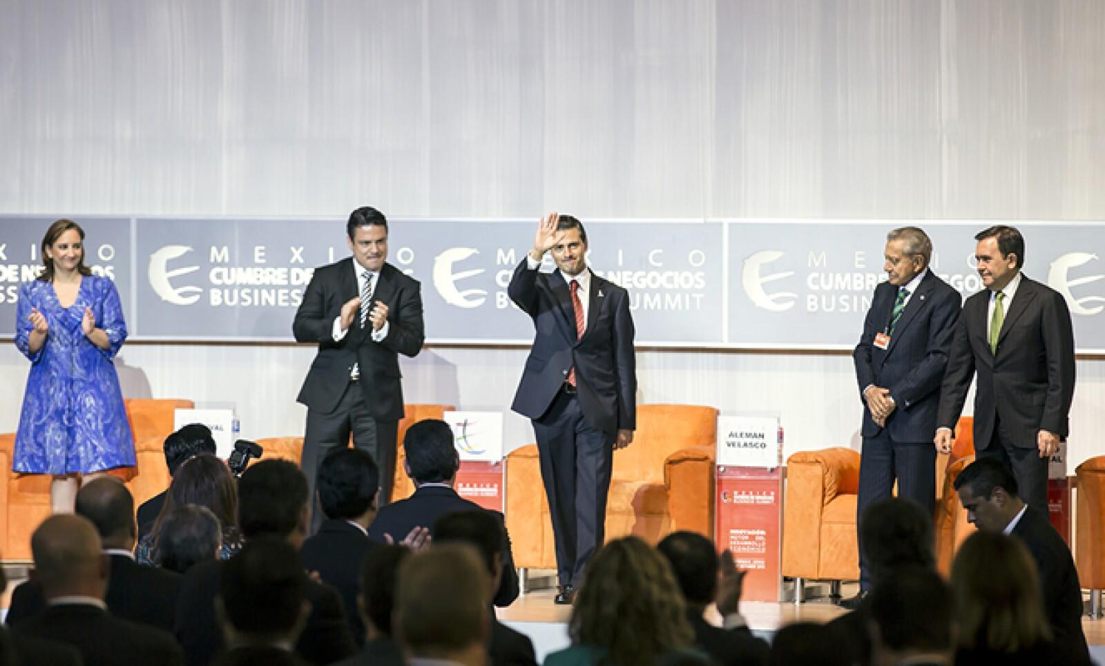 El presidente de México dijo que su Gobierno aún no alcanza la meta de dedicar 1% del PIB a innovación pues hasta hoy se destina 0.56%.