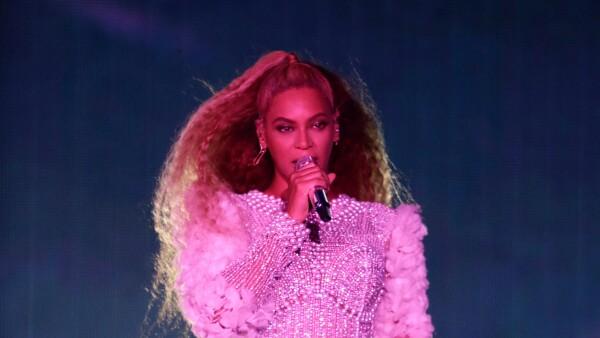 Tina Knowles comparte imagen de Beyoncé cuando era bebé
