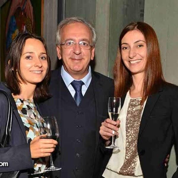 Eva Martin,Salvatore Varano y Francesca Blasone.