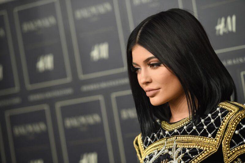 Kylie queda por arriba de su hermana por tan solo .8 millones.