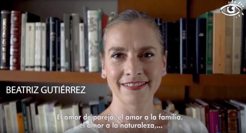 Beatriz Gutiérrez Müller es una escritora e investigadora mexicana. Es esposa del político mexicano Andrés Manuel López Obrador desde 2006.