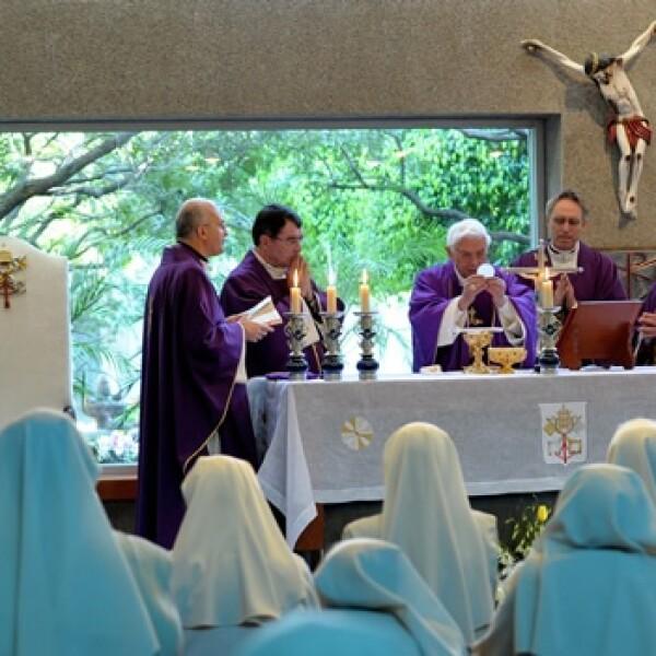 papa benedicto xvi colegio miraflores misa  6