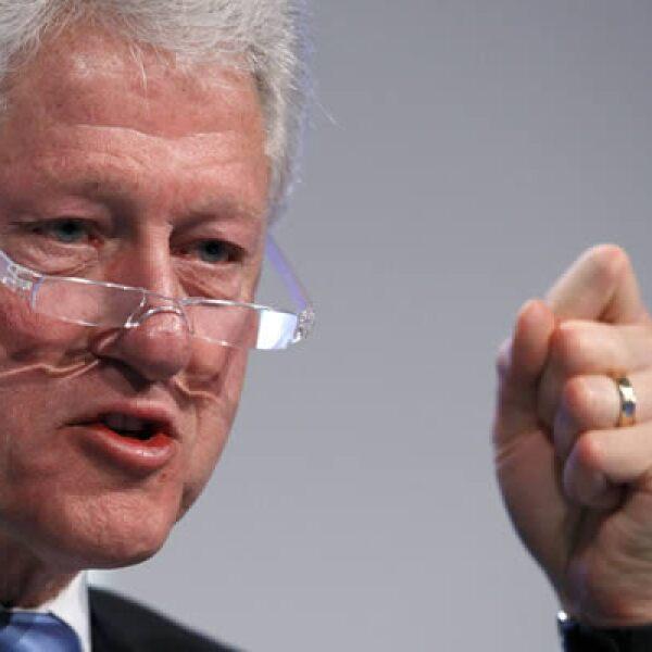 El ex presidente de Estados Unidos, William Clinton, exhortó este jueves a una constante ayuda a la nación caribeña de Haíti, debido a lsu reconstrucción luego del terremoto que sifrió la ciudad de Puerto Príncipe el pasado 12 de enero.