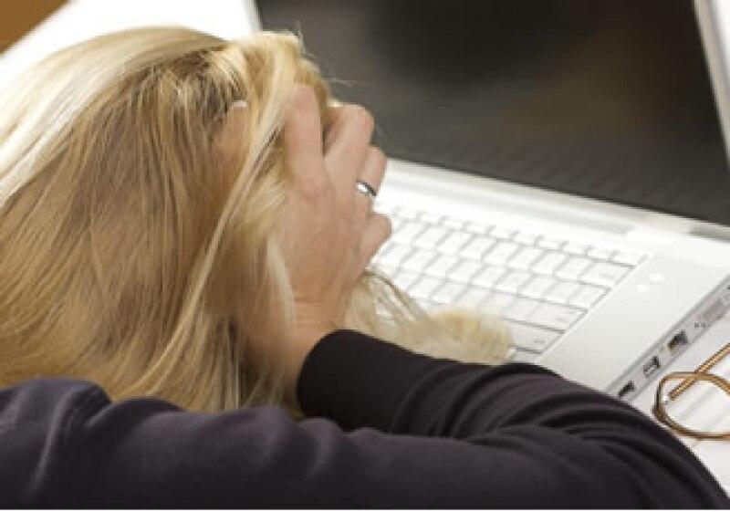 El subsidio para los desempleados se interrumpió en EU, afectando a 2 millones y medio de personas. (Foto: Photos to go)